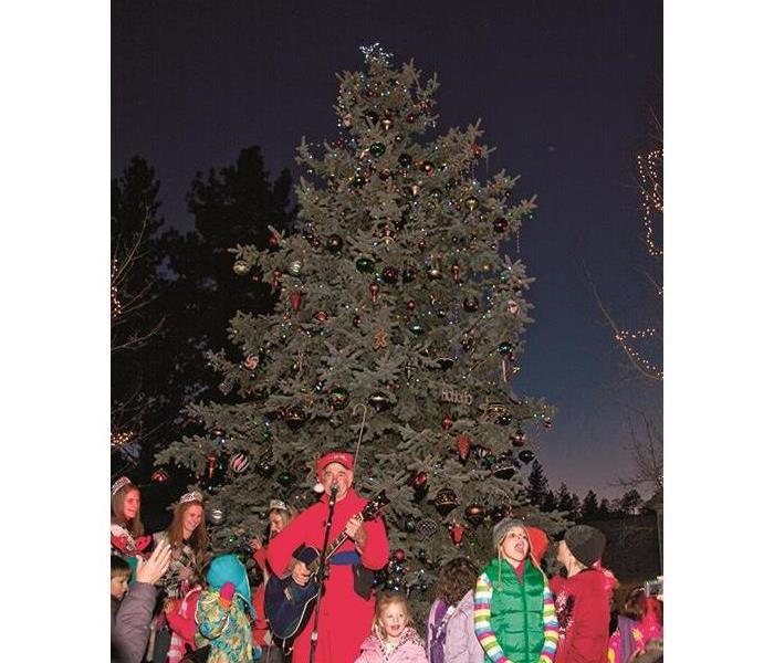 Big Bear Village Christmas.Big Bear Village Christmas Tree Lighting Servpro Of Big
